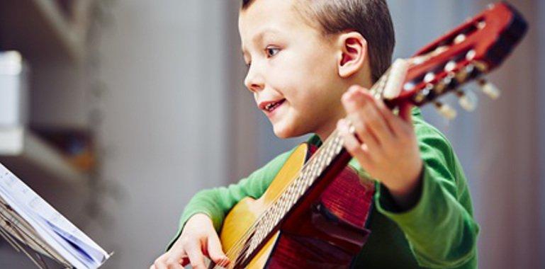Gitarre lernen für Kinder Stuttgart Musikbox
